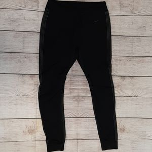 Nike dri fit fitted workout capris